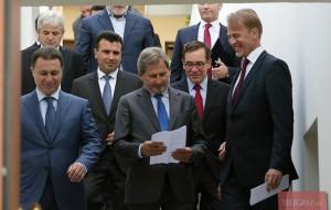 Wednesday meeting between Nikola Gruevski (VMRO-DPMNE), Zoran Zaev (SDSM), Menduh Thaci (DPA), Ali Ahmeti (DUI) and Commissioner Hahn was held at the Berlaymont building in Brussels.