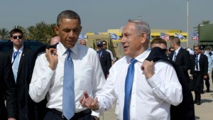 US President Barack Obama and Prime Minister Benjamin Netanyahu go informal at Ben Gurion Airport
