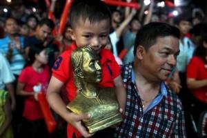 Suu Kyi supporters confident of landslide win in Myanmar election
