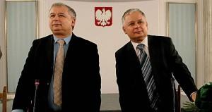 Jaroslaw Kaczynski with  late President Lech Kaczynski,