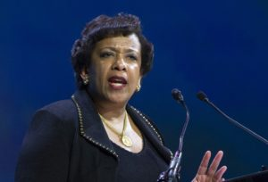 Lynch meeting latest episode to strain Clinton trust