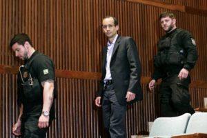 Brazilian building magnate Marcelo Odebrecht, center, arriving for a hearing in Brazil in September.
