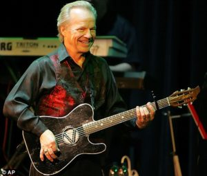 1960s pop singer Bobby Vee has died at age 73