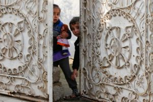 Iraq faces challenge of educating Mosul's displaced children