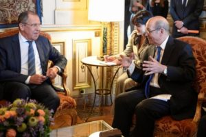 France, Russia discuss Syria, sidestep differences on chemical weapons