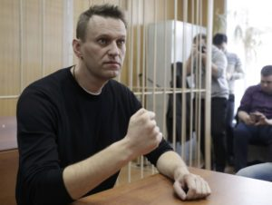 Putin critic Navalny released after 20-day detention