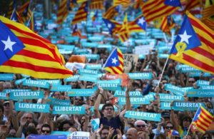 Spain urges Catalonia secessionists to obey Madrid